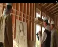 Мона Лиза строительными скобами