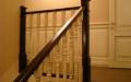 Прямая лестница на деревянном каркасе