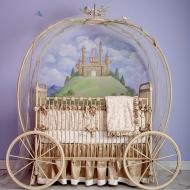 Необыкновенная кроватка-карета