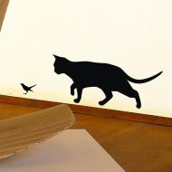 Кошка за птичкой...