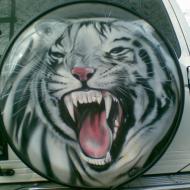 Аэрография для любителей хищного стиля: Тигр на заднем колесе