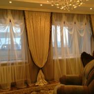 Классические шторы для гостинной