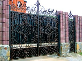 Фото распашные ворота с автоматикой