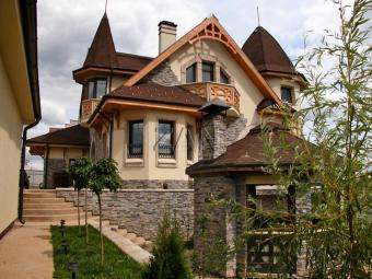 Из какого материала лучше всего строить дом?