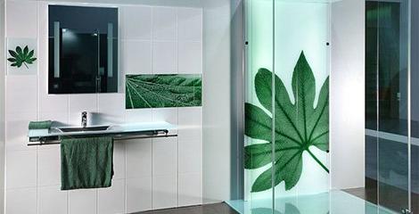 Что лучше - ванна или душевая кабина?
