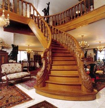 Лестница междуэтажная криволинейная