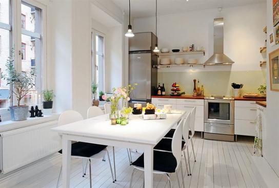 Оригинальная кухня в квартире для молодой семьи